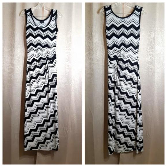 Enfocus Studio Dresses & Skirts - Enfocus Studio Black & White Maxi Dress Size 4